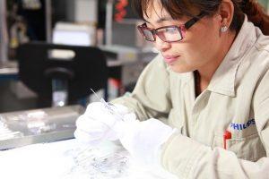 工場勤務で女性におすすめの職種とは?工場勤務女性の実態含めて解説