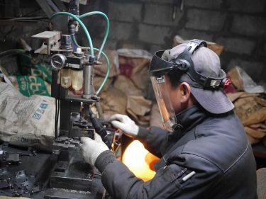 工場勤務のメリットとデメリット|高卒で工場勤務の僕が教えます